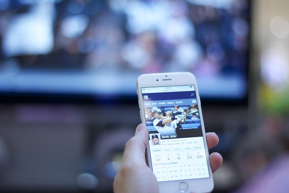 Come collegare wireless il cellulare alla televisione